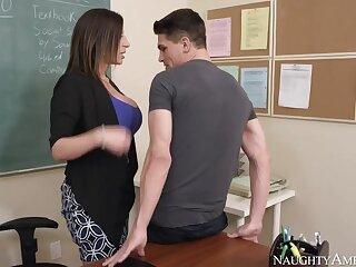 Sara Mess around & Bruce Venture on touching My Roguish Mating Cram