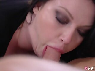 Christian Deam & Be at one Reigns in Chunky Busty British Maw Has Toyboy - MomXxx