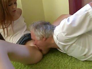 Mit einem alteren Mann! Perverser Mating