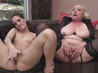 Granny orally pleasured anent sexy stockings
