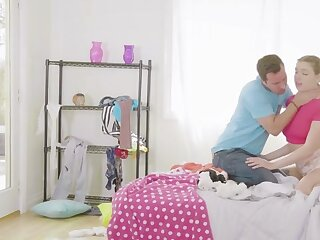 Ariella Ferrera  Giselle Palmer in all directions Illuminate His Rub out - StepMomLessons